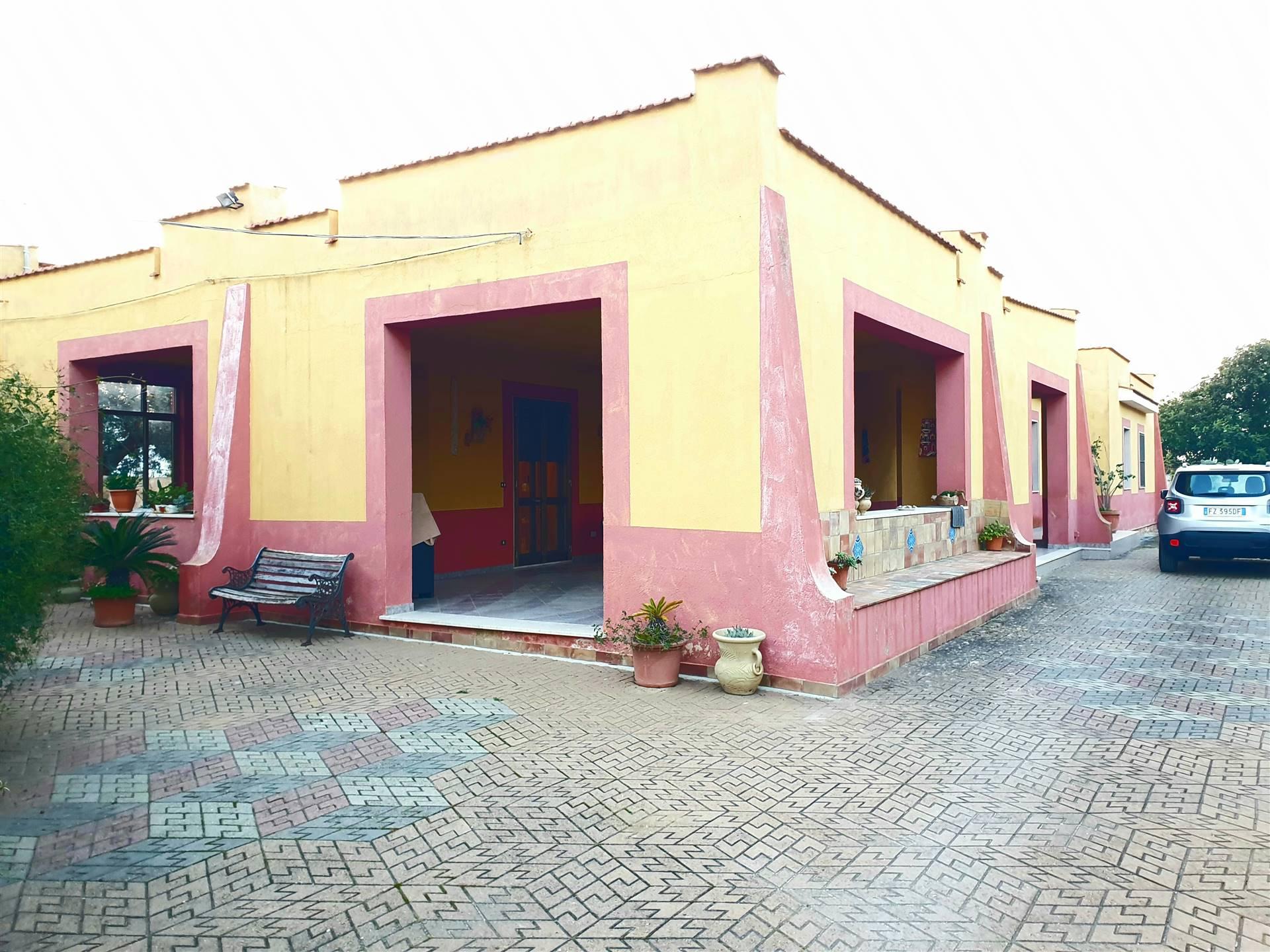 Soluzione Indipendente in vendita a Marsala, 6 locali, zona Località: LATO MAZARA, prezzo € 140.000   CambioCasa.it