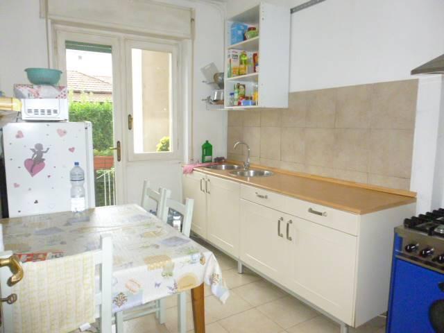 Appartamento in vendita a Castelletto Sopra Ticino, 4 locali, prezzo € 54.000 | PortaleAgenzieImmobiliari.it