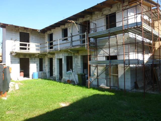Soluzione Indipendente in vendita a Invorio, 4 locali, prezzo € 69.000   PortaleAgenzieImmobiliari.it