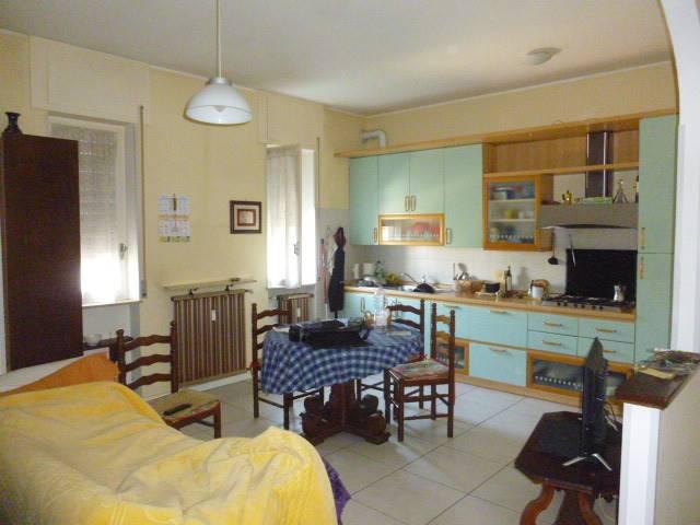 Appartamento in vendita a Oleggio Castello, 2 locali, prezzo € 89.000 | PortaleAgenzieImmobiliari.it