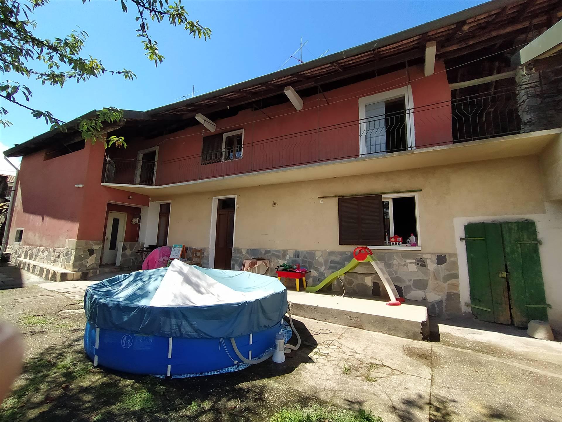 Soluzione Indipendente in vendita a San Maurizio d'Opaglio, 7 locali, zona olo, prezzo € 77.000 | PortaleAgenzieImmobiliari.it