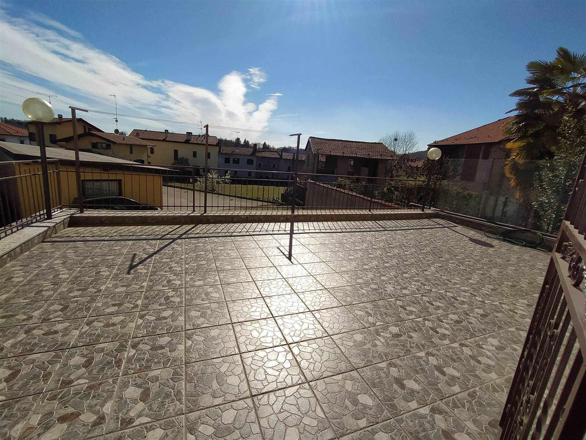 Appartamento in vendita a Invorio, 2 locali, zona Località: INVORIO SUPERIORE, prezzo € 79.000   PortaleAgenzieImmobiliari.it
