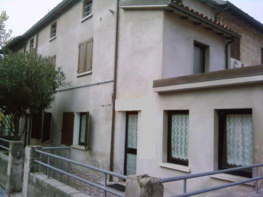 Casa semi indipendente, Fano, in ottime condizioni