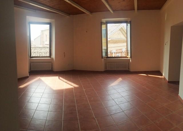 Appartamento, Centro, Pesaro, in ottime condizioni