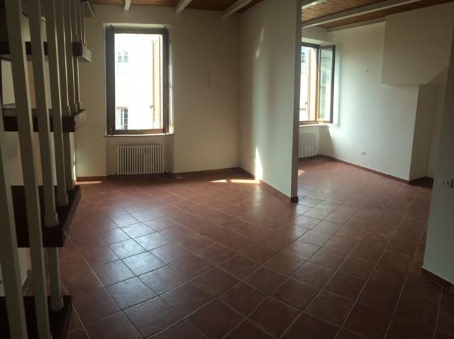 Trilocale, Centro, Pesaro, in ottime condizioni