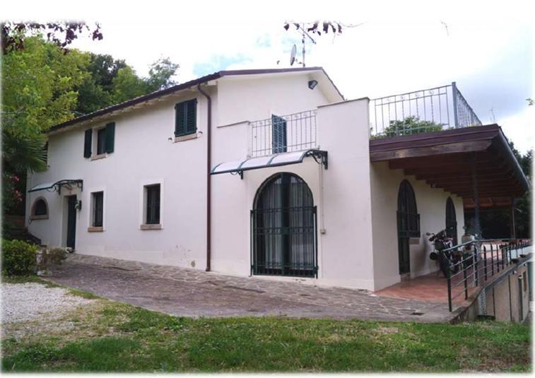 Villa, Muraglia, Pesaro, in ottime condizioni
