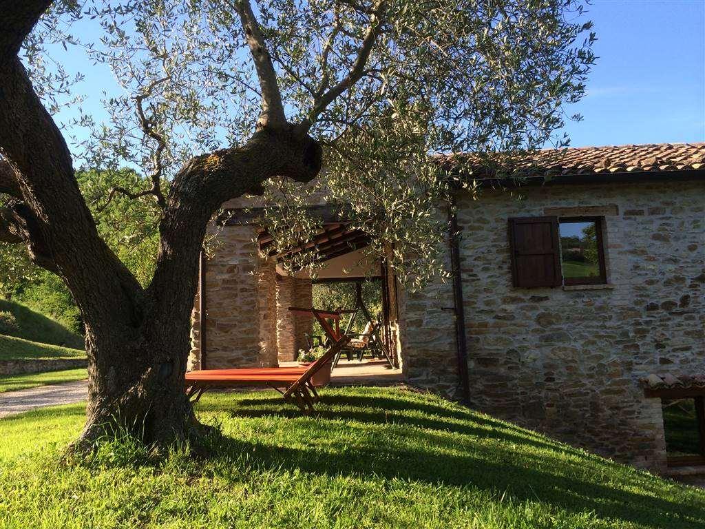 Rustico casale, Pieve Di Cagna, Urbino, in ottime condizioni
