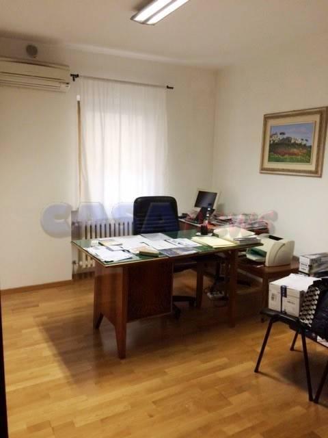 Ufficio, Fano, ristrutturato