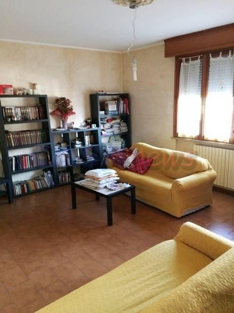 Villa a schiera, Calcinelli, Saltara