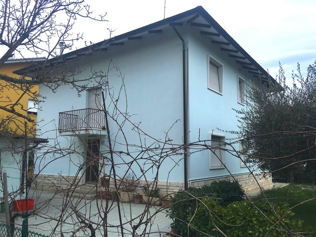 Casa singola, Cartoceto