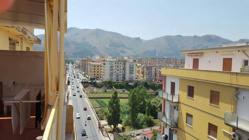Attico, Oreto, Palermo, in ottime condizioni