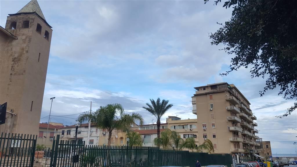 Trilocale in Via San Vincenzo De Paoli 12, Arenella, Palermo