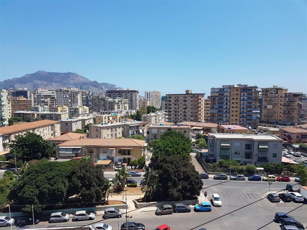 Quadrilocale, Noce, Palermo, ristrutturato