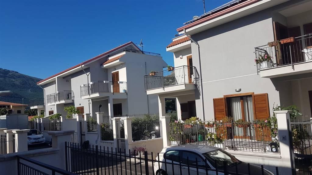 Bifamiliare in Via Chimera, Mondello, Palermo