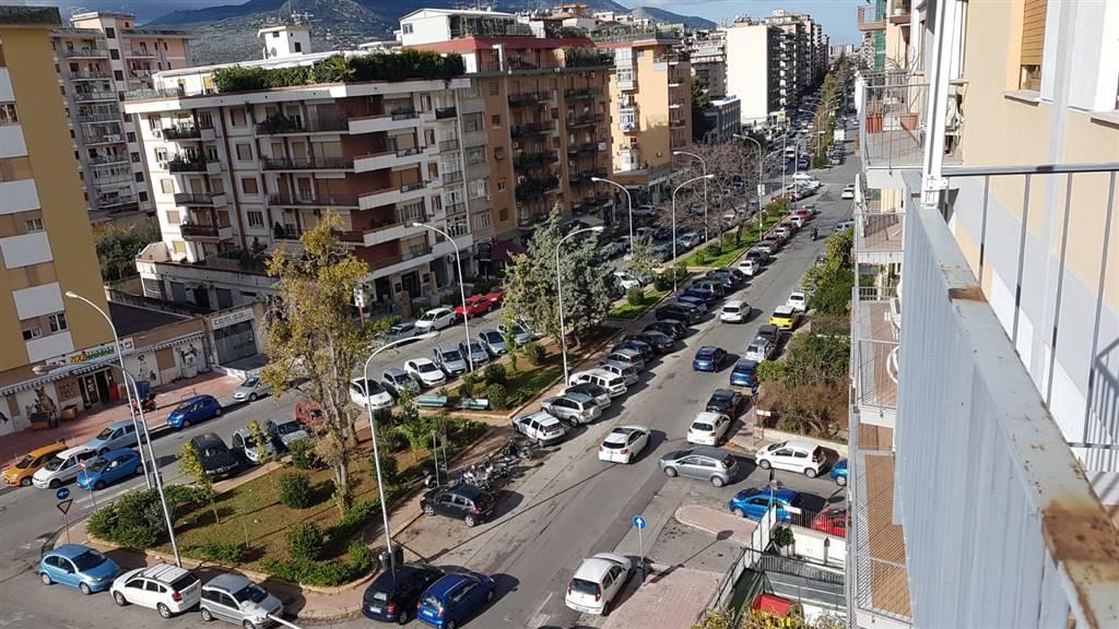 Quadrilocale in Via Umberto Giordano 65, Palermo