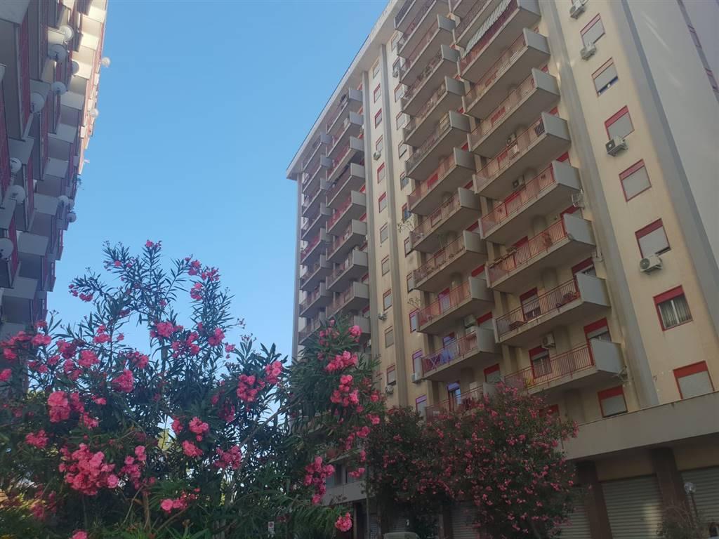 Quadrilocale, Zisa, Palermo, ristrutturato