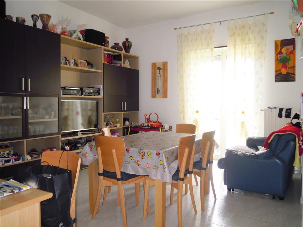 Trilocale in Via Auricarro, Palo Del Colle
