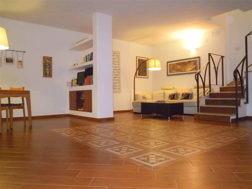 Villa a schiera in Viale Italia, Palo Del Colle