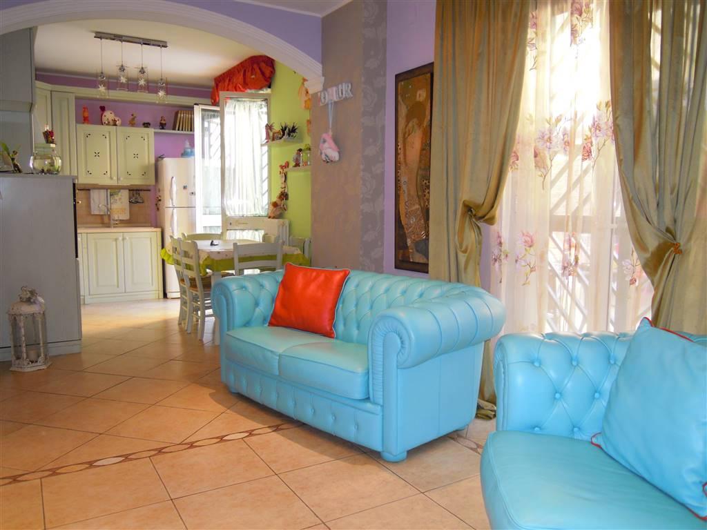 Appartamento indipendente, Palo Del Colle, in ottime condizioni