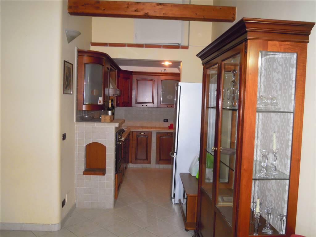 Appartamento indipendente in Via Cavour, Palo Del Colle