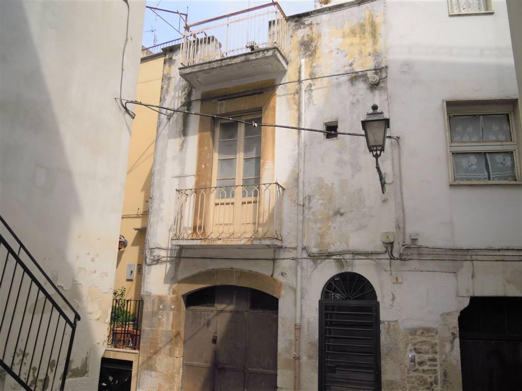 Casa semi indipendente in Via Regina Bona, Palo Del Colle