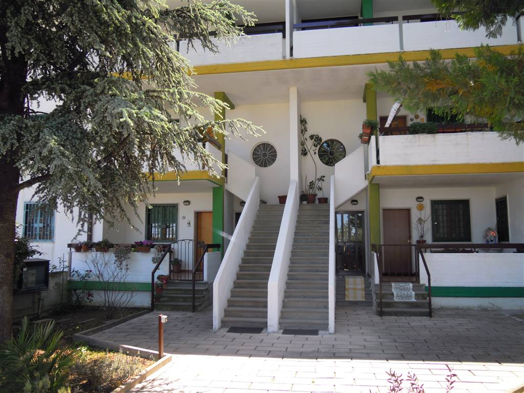 Trilocale in Via Saragat, Palo Del Colle