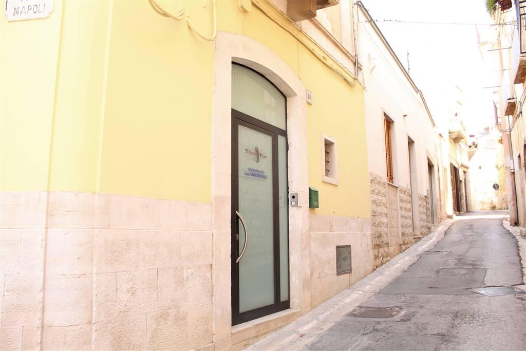 Appartamento indipendente in Via Cairoli, Palo Del Colle