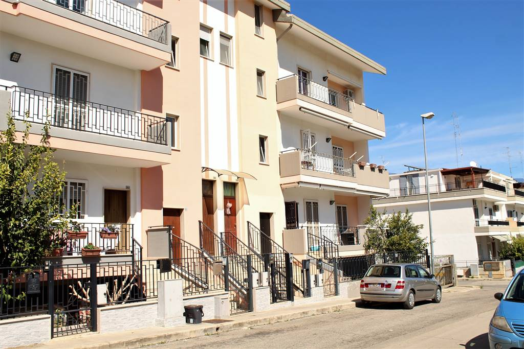 Appartamento indipendente in Via Don Donato Birardi, Palo Del Colle