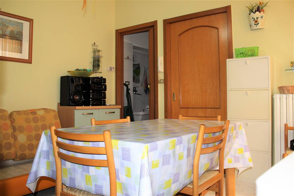 Casa singola in Vico Lucertola, Bitonto