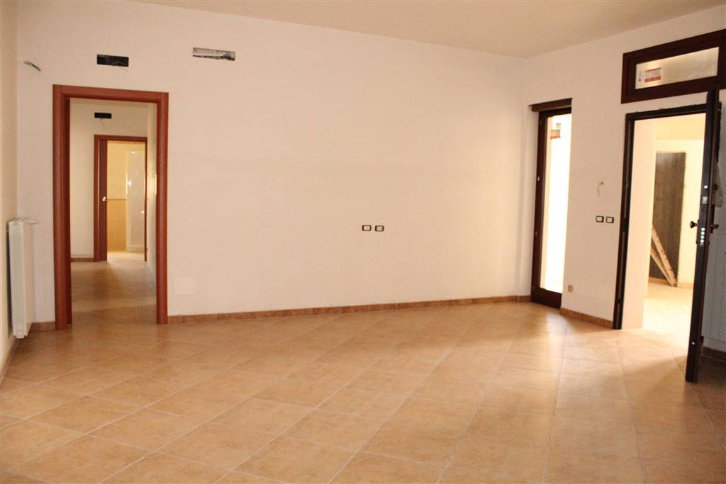 Trilocale in Via Vecchia Bitonto, Palo Del Colle