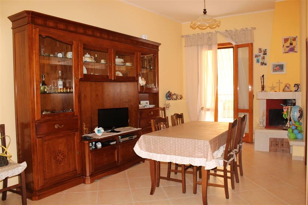 Casa semi indipendente in Via Cairoli, Palo Del Colle