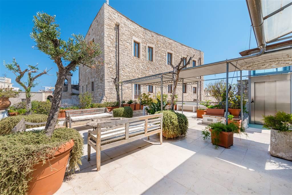 Palazzo in Lungomare Esercito Italiano, Giovinazzo