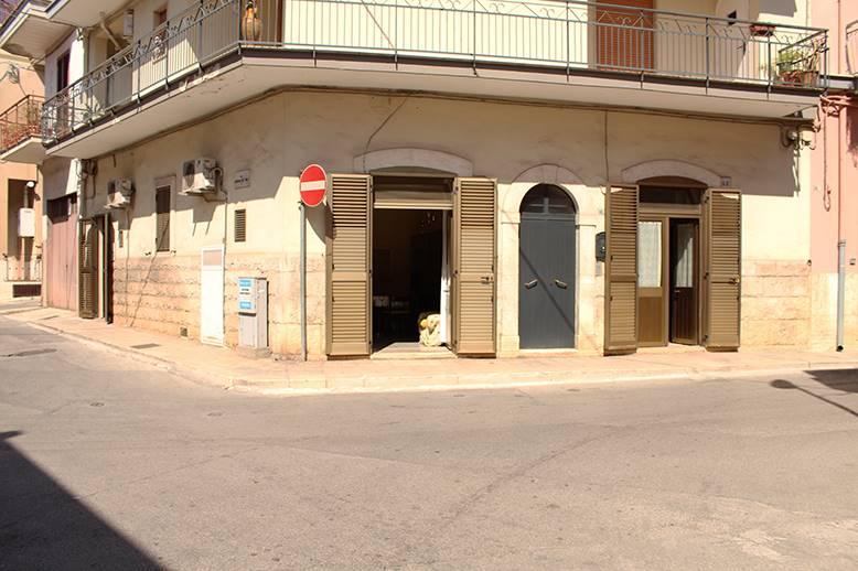 Appartamento indipendente in Via Giorgio La Pira, Palo Del Colle
