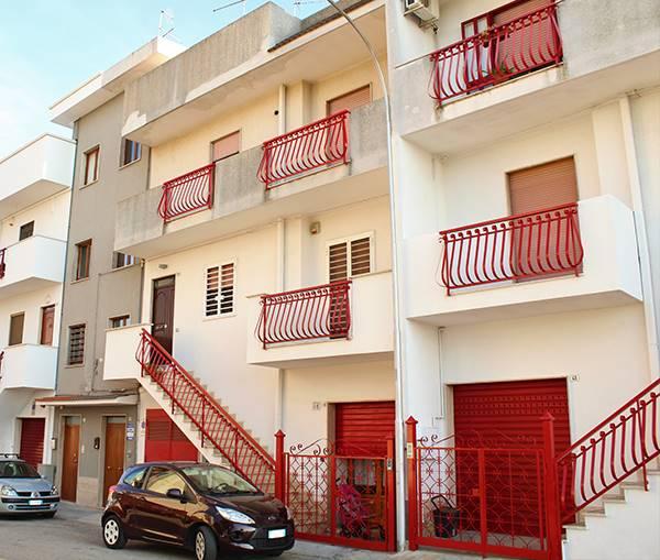 Appartamento indipendente in Via Pascoli, Palo Del Colle