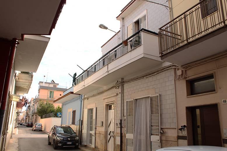 Casa singola in Via Monteleone, Palo Del Colle