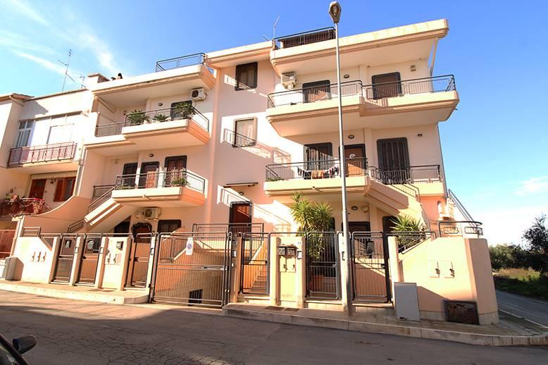 Appartamento indipendente in Via Cavalieri Di Vittorio Veneto, Palo Del Colle