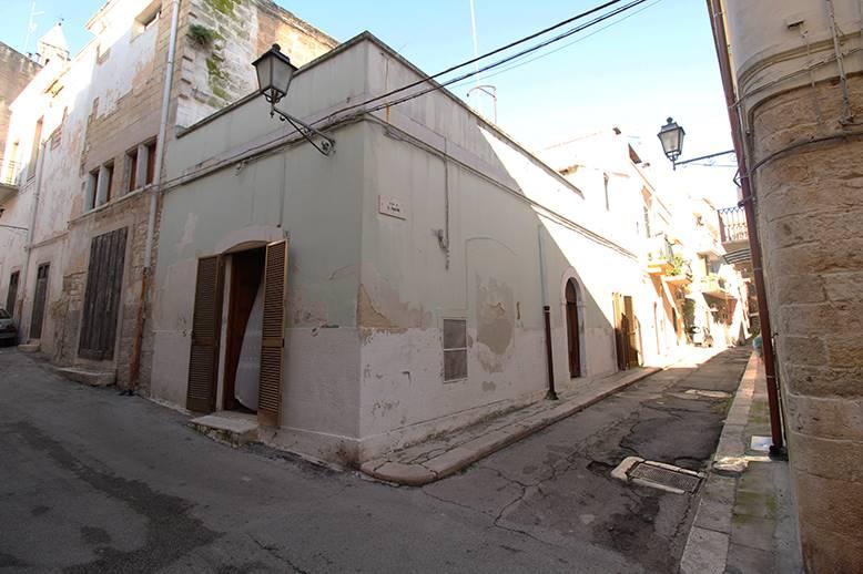 Appartamento indipendente in Via Parini, Palo Del Colle