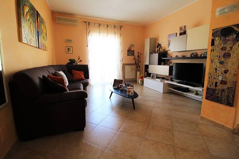 Quadrilocale in Viale Mediterraneo 12, Palo Del Colle