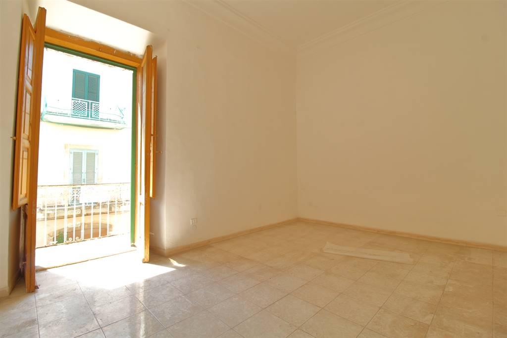 Appartamento in vendita a Grumo Appula, 3 locali, prezzo € 65.000 | CambioCasa.it
