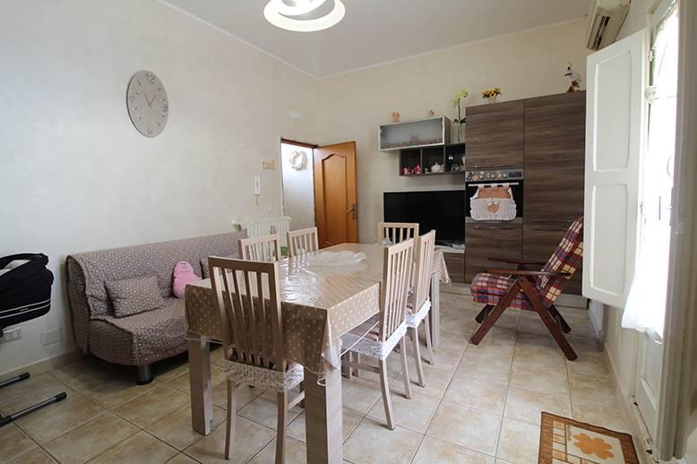 Casa singola in Via Montessori, Grumo Appula