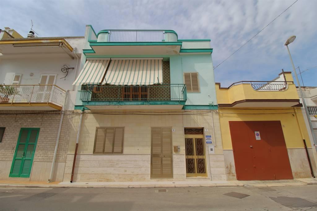 Casa singola in Via Emanuele Filiberto, Palo Del Colle