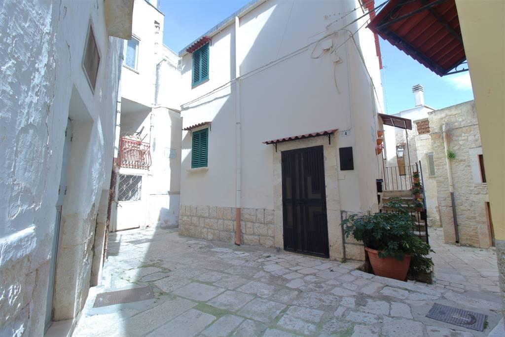 Soluzione Indipendente in vendita a Binetto, 3 locali, prezzo € 60.000 | CambioCasa.it