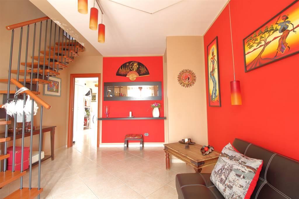 Appartamento in vendita a Palo del Colle, 3 locali, prezzo € 150.000 | CambioCasa.it