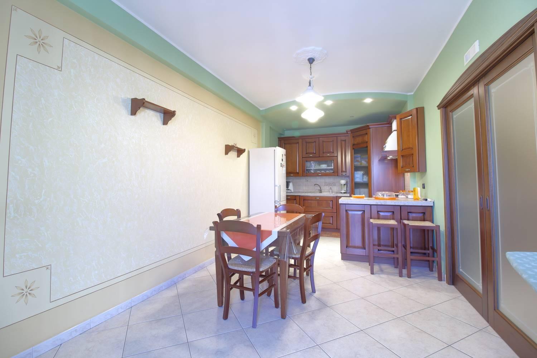 Appartamento in vendita a Palo del Colle, 4 locali, prezzo € 160.000   PortaleAgenzieImmobiliari.it