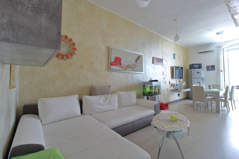 Appartamento in vendita a Palo del Colle, 3 locali, prezzo € 75.000 | CambioCasa.it