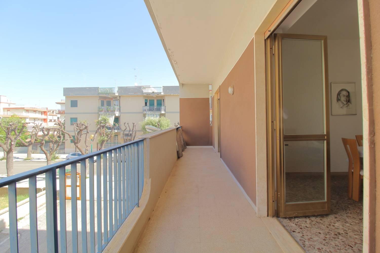 Appartamento in vendita a Palo del Colle, 3 locali, prezzo € 125.000 | CambioCasa.it
