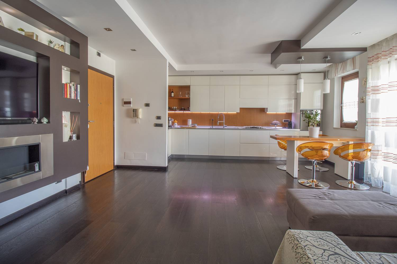 Appartamento in vendita a Modugno, 3 locali, prezzo € 155.000   CambioCasa.it