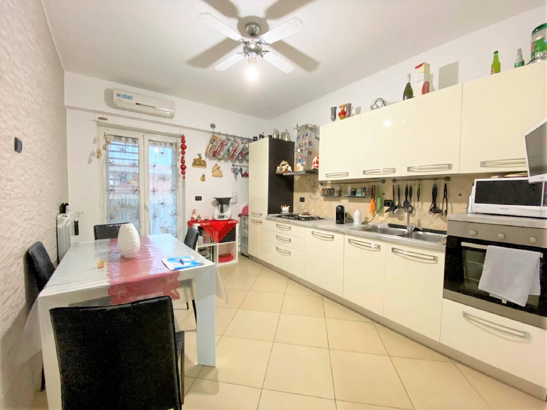 Appartamento in vendita a Grumo Appula, 4 locali, prezzo € 135.000 | CambioCasa.it