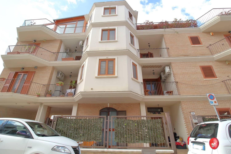 Appartamento in vendita a Palo del Colle, 4 locali, prezzo € 185.000   PortaleAgenzieImmobiliari.it