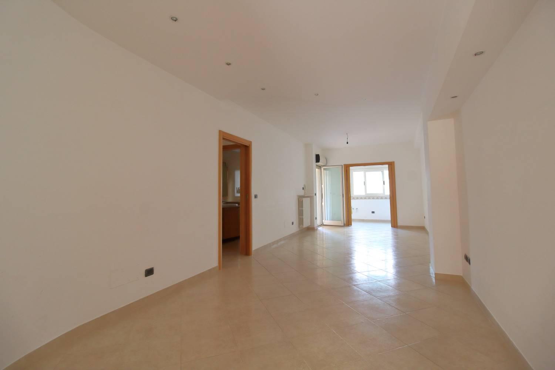 Appartamento in vendita a Bitonto, 4 locali, prezzo € 185.000 | CambioCasa.it